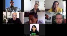 Participantes durante la sesión